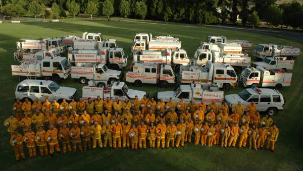 East Torrens CFS Group appliances and crew